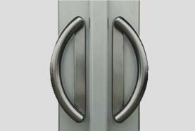 example of d ring handles available on visoglide plus doors